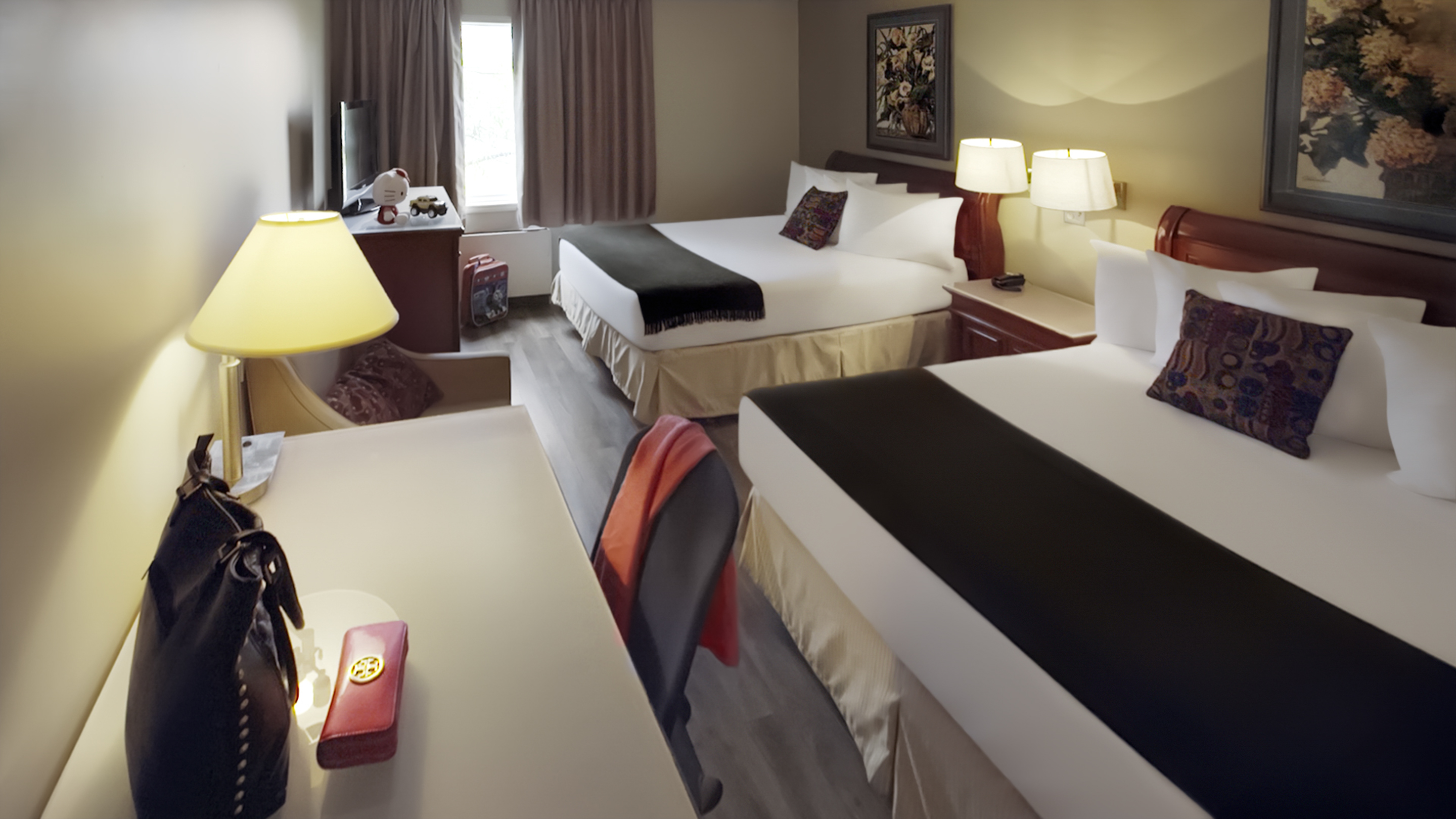 8591.11614.sydney.hearthstone-inn-sydney.room.maritime-two-queen-size-beds.01